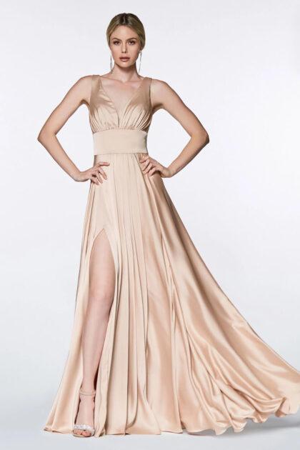 Vestido de fiesta plus size escote en V color nude - Evening Dress Boutique Venezuela