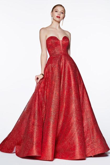 Vestido de fiesta Amara, corte A estilo princesa con escote corazón profundo y detalles de glitter estampados en todo el vestido