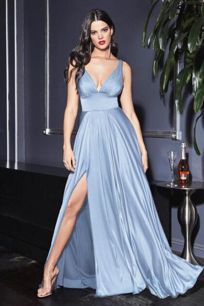 Vestidos de fiesta de espalda y escote en V - Consigue los mejores precios de trajes de gala en Margarita y Caracas con Evening Dress Boutique