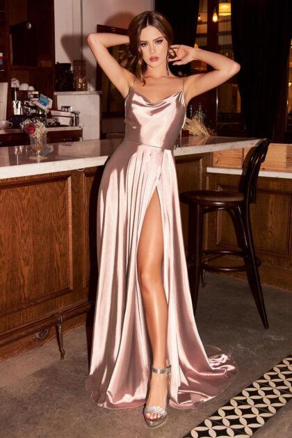 Evening Dress Boutique te ofrece el más amplio y exclusivo catálogo de vestidos de fiesta en Lecherías