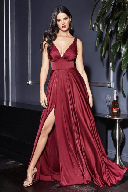 Evening Dress Boutique presente en todos tus eventos, fiestas y ocasiones importantes, haciéndote ver más bella y radiante. Pregunta por nuestras ofertas