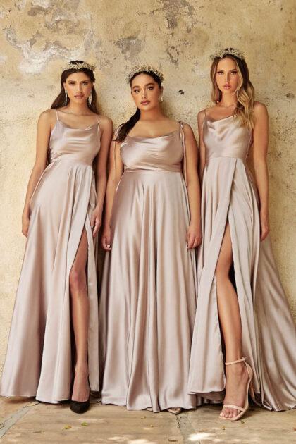 Prepárate para las selfies más espectaculares con este vestido largo evasé de satén - Evening Dress Boutique